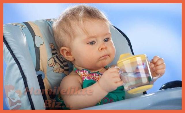 Bebeğe Ek Olarak Su Vermek Gerekir mi¿