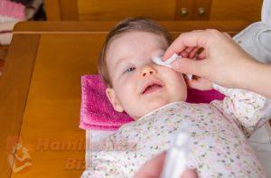 Bebeklerde Göz Temizliği Nasıl Yapılır?
